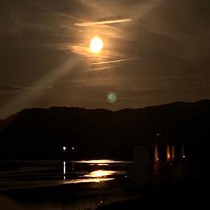 満月の夜に…不思議な存在と遭遇☆本当の英雄とは