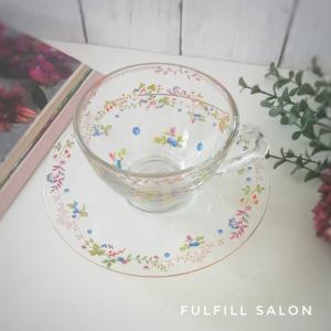 カップ&ソーサーの、ガラス製ならではの楽しみ方♡と生徒様作品のご紹介