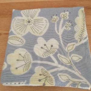 花柄ガーゼハンカチ2種