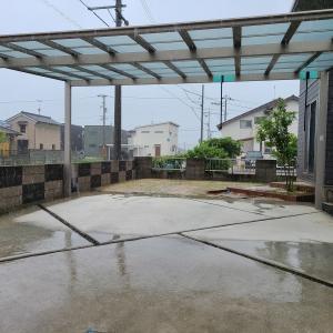 大雨特別警報発令中…カーポートで激しい豪雨を乗り切ろう☆