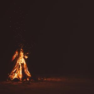 【画像あり】焚き火台作ったったwwwwwwww