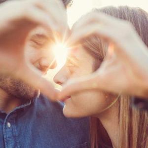 恋に落ちる ตกหลุมรัก