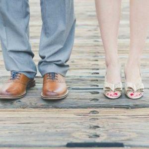 """"""" รองเท้าที่ดี ...""""  足になじむ靴は、"""