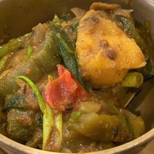 糸瓜とじゃが芋のタルカリ @ ネパールのごちそう jujudhau ズーズーダゥ (池田市)