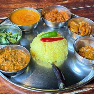 ヴィーガンダルバート @ few インド&ネパール料理レストラン(川西市)