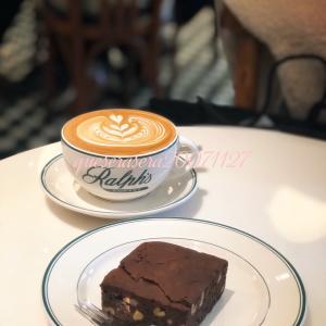 表参道〔 ラルフズコーヒー 〕 アメリカンなカフェで、美味しいカフェラテ&ブラウニー ☺