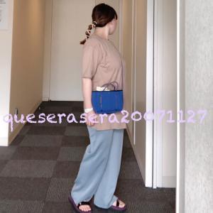 ☆ 《GU》ブルーのカットソーパンツに襟元が可愛いTシャツ コーデ ☆