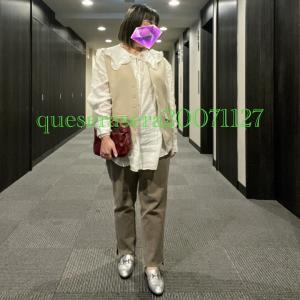 ☆《Zara&GU》フリルブラウスに流行りのジレとベージュデニムコーデ ☆