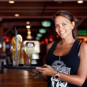 ケアンズで安く生ビールが飲めるおすすめのパブ バー レストランを紹介!