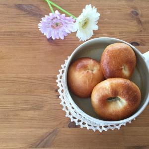 ベーグルと神戸メロンパン