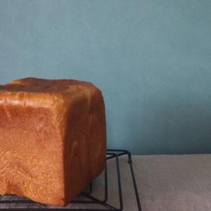 型を変えて生クリーム食パン