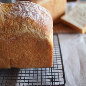 美味しいバターを食べる為に食パンを焼く
