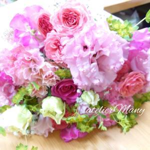【春のお花でピンク系の可愛い花束】