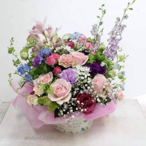 【母の日にお生花アレンジメント】