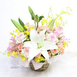 【お誕生日お祝いにお生花アレンジメント】