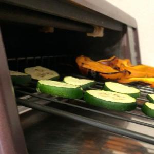 ロースターで野菜を焼いて揚げ浸し