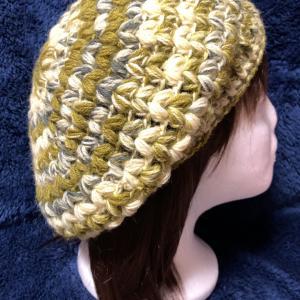 玉編みのベレー帽