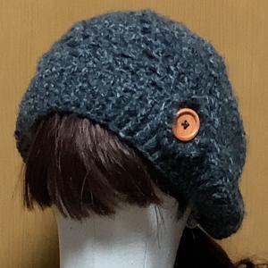 モヘヤ毛糸の帽子