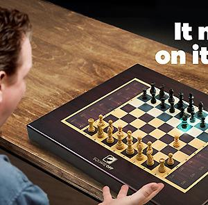 駒が自動で動くチェスボード Square Off