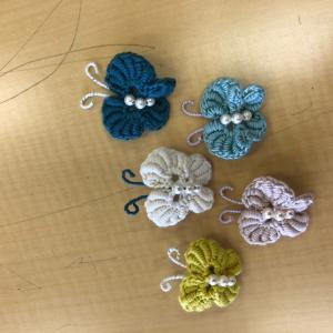 コイル編みの蝶々