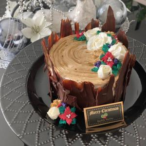 【ご案内】チーズクリームで切り株風のクリスマスケーキ
