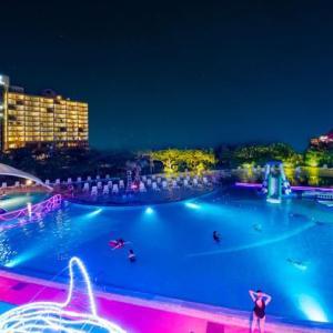 沖縄県 恩納村・ルネッサンス リゾート オキナワで夏休み「ファミリーわくわくNIGHT PARK」開催