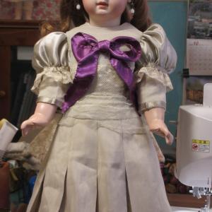 おやおや再び EJ DEPOSE ジュモー ヴァイオレットの目の人形★その③