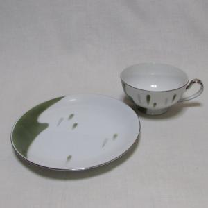 昭和レトロなSEYEI セーエー陶器の脚付きカップとプレート