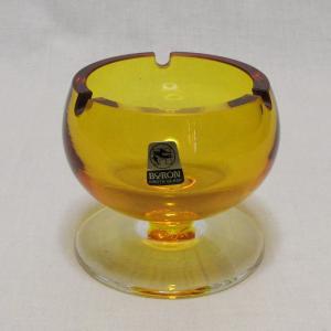 廣田硝子 BYRON ガラス灰皿とアデリアのボンボン入れ