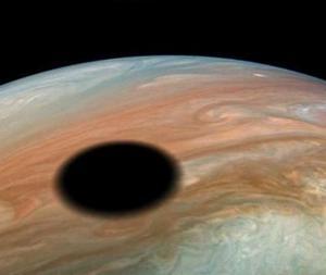 木星に黒い物体が出現した!