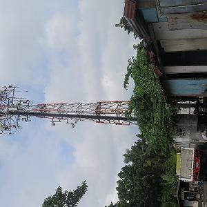 マクタン島、携帯通信基地増設その2