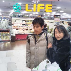 全盲難聴・のんたんの冬休み 9 - おとうさんとプール(2019年12月29日/8日め)