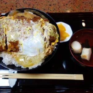 札幌すすきので【かつ丼】目当てでこぞって客が押し寄せる家庭的な味の大衆酒場「なかむら」北海道