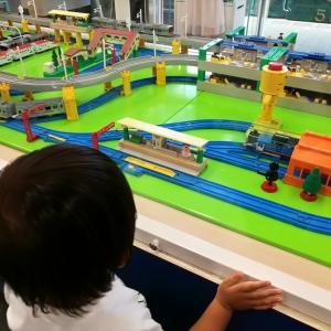 【バスと電車の博物館】1歳児のお出かけレポ☆乗り物大好き