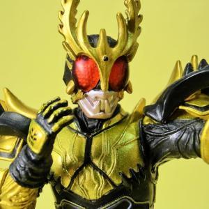仮面ライダークウガ・ライジングアルティメットフォーム(赤目)