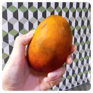 フルーツを食べる日