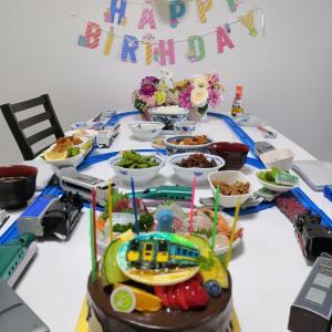 ☆息子のお誕生日祝いはプラレールと一緒に~☆
