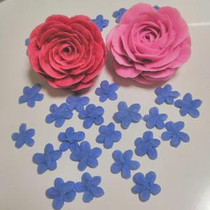 ☆手作り石けんで小さいお花も絞りました☆