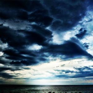 嵐の前(加工写真) この後豪雨と雷ラッシュでした