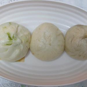 「本日スタート、KOBE豚饅サミット~南京町広場・曹家包子館~オリーブ・イタリアン豚饅他」