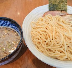 麺屋 シロサキ〈読谷村長浜〉