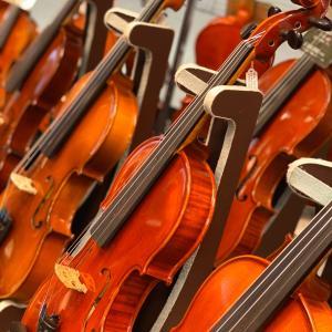 楽器や弓が入りにくくなっています。