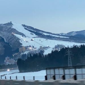 雪の無い新潟に来てふと思う。