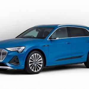 Audi e-tron クアトロ