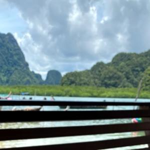タイ南部の風景にはグリーンカレーが良く似合う。