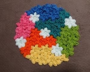 小花モチーフの座布団