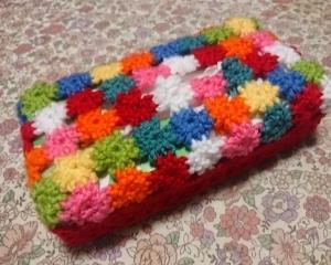 小花モチーフのティッシュボックス・カバー