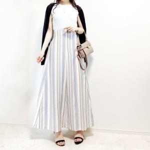 【UNIQLO】脚長効果抜群!カジュアルも可愛い美ラインススカート