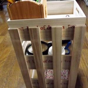 100均すのこと木製収納BOXで、収納棚を作りました♪