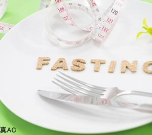 短期間減量には「時間制限ダイエット」が一番効く? アメリカ・研究